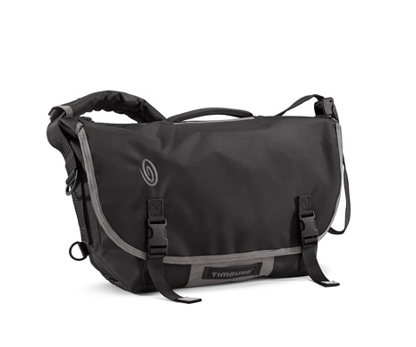 http://cloud.timbuk2.com/static/Product_Images/157-D-Lux_Laptop_Messenger_Bondage/2012spring/465/157-2-6023_front.jpg